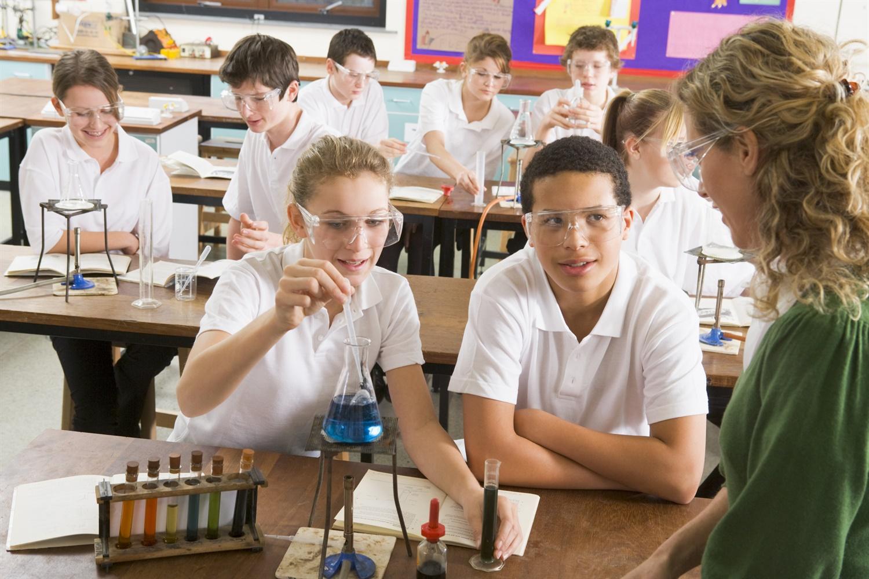 Учитель c ученицей 13 фотография
