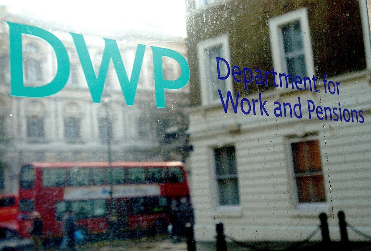 Dishonest And Corrupt Dwp Worker Jailed For 40k Universal Credit Fraud