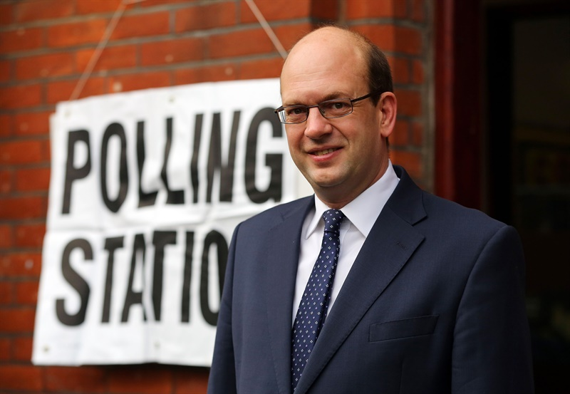 Polls open in Rochester and Strood by-election
